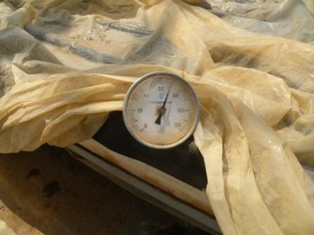 スチロール耐熱を考慮し70℃で出湯.JPG